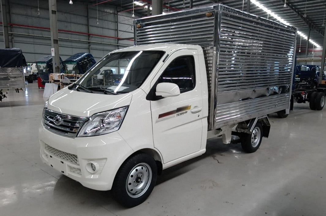 xe-tai-1-tan-tera-100-thung-kin TERA100 tải trọng 990kg